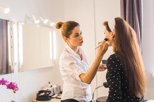 prendre des cours de maquillage avec Morgane Hilgers